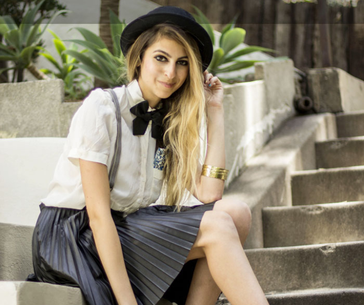 Parisian Schoolgirl