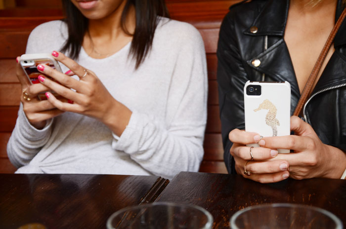 friends on cellphones